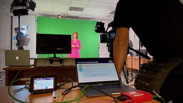Green-Screen-Studio-Video-Production-Zaragoza